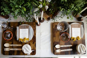 rustic and eco friendly place setting (via)